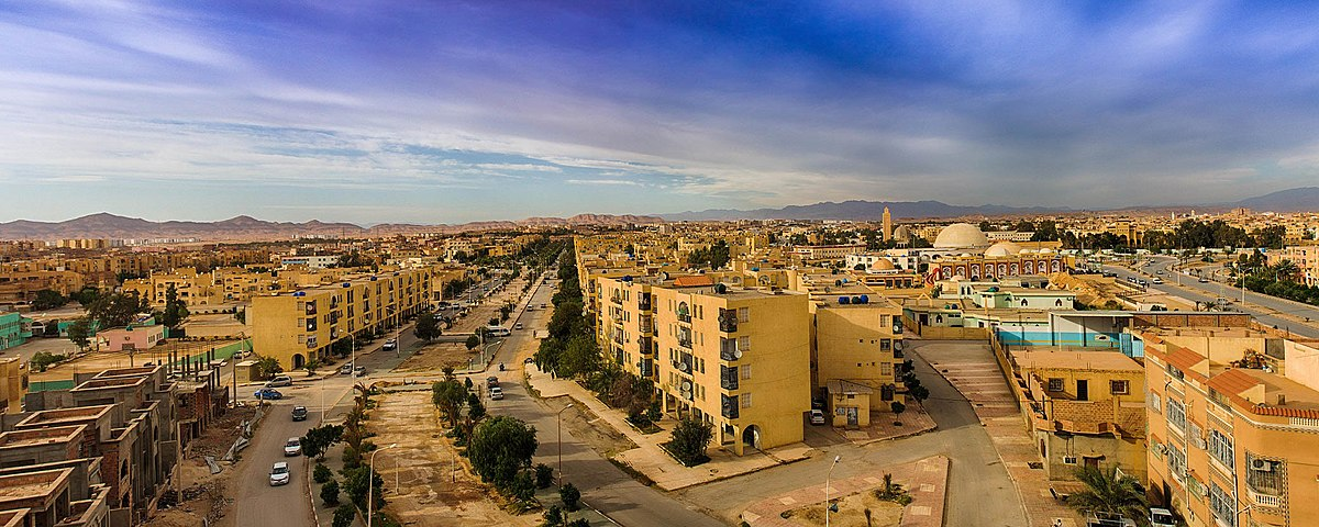 Biskra vue panoramique Dali Ali Mahmoud Wikimedia Commons