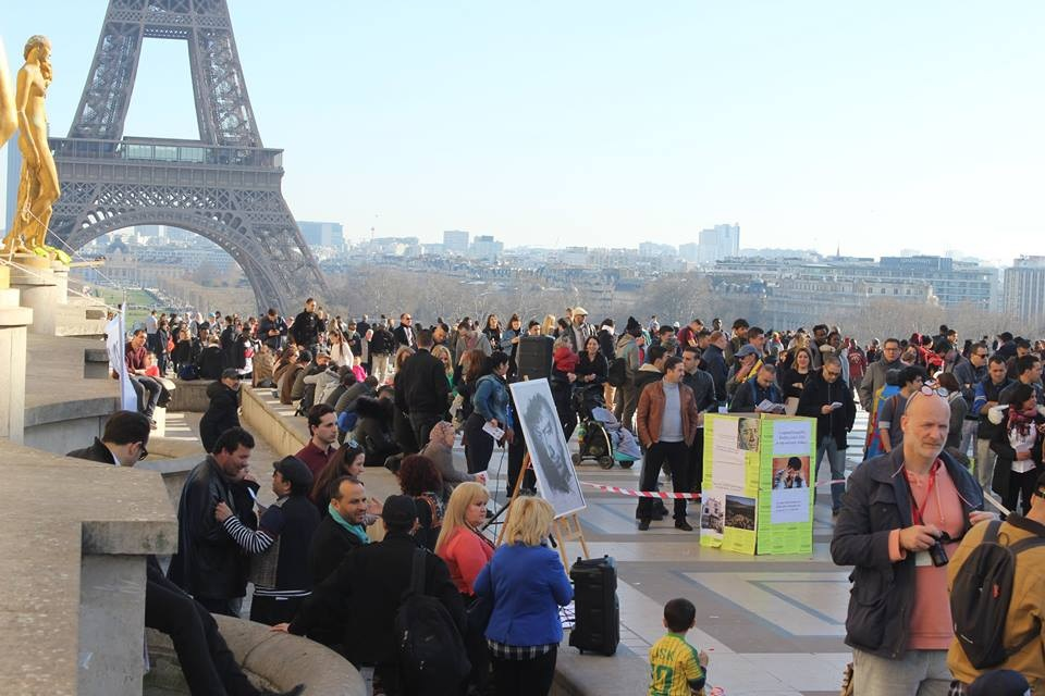 Manifestation Collectif Matoub au Trocadéro