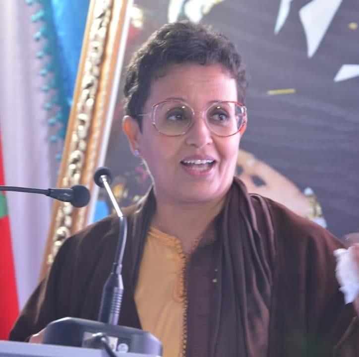 Amina Ibnou Cheikh directrice du mensuel « Le Monde Amazigh »