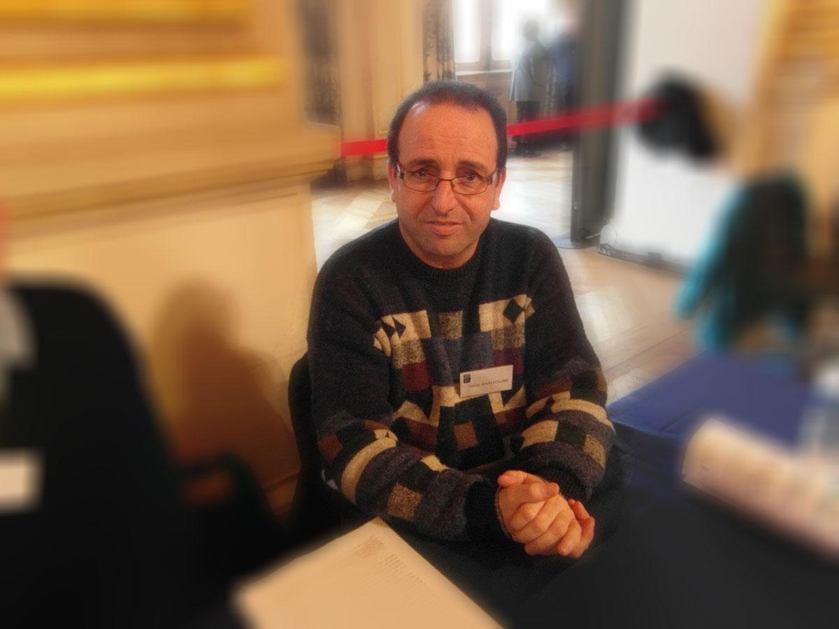 Tahar Khalfoune universitaire kabyle politologue